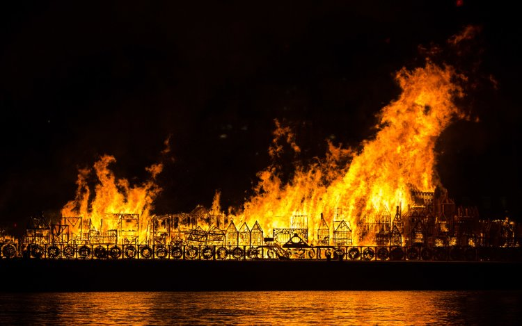 A 120m long model of 17th Century London burning on the Thames to mark 350 years since the Great Fire of London