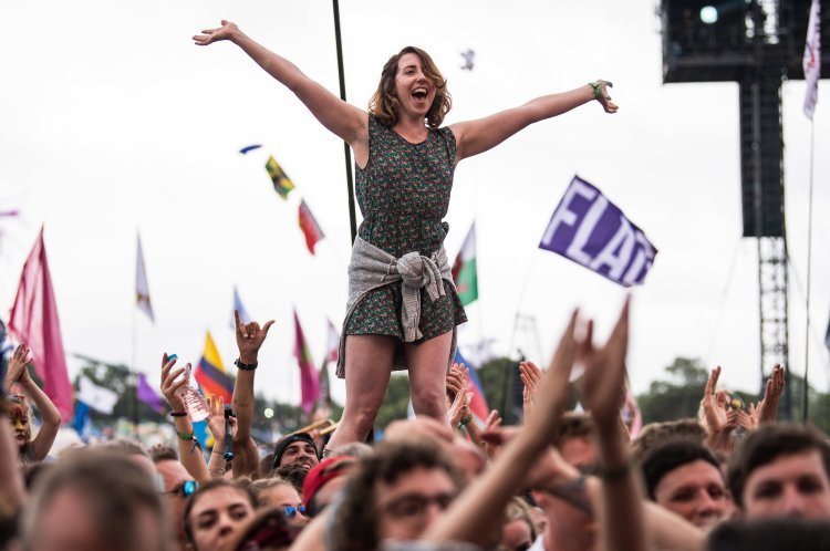 Crowd watching Katy Perry performing on the Pyramid Stage